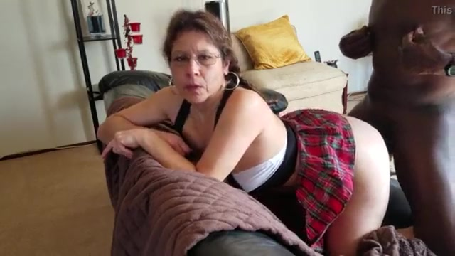 fat mature pussy bbc - White mature in glasses bbc bull doggystyle