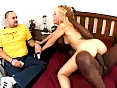 Love tells hubby he can watch her earning money with snatch