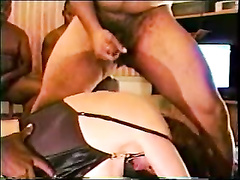 Hardcore bang for a white cuckold mom